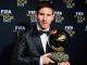 Messi posa con su 4º Balón de Oro en la edición del 2012