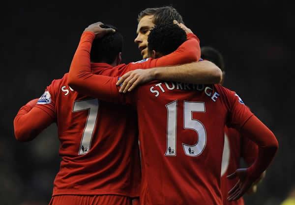 El Liverpool golea al Norwich por 5-0 en la J22 de la Premier League (19/01/2013)